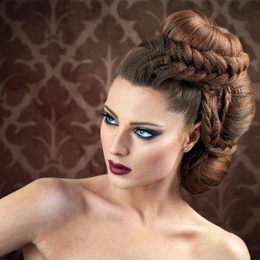 Leyla Eventstyling - Hochsteckfrisuren